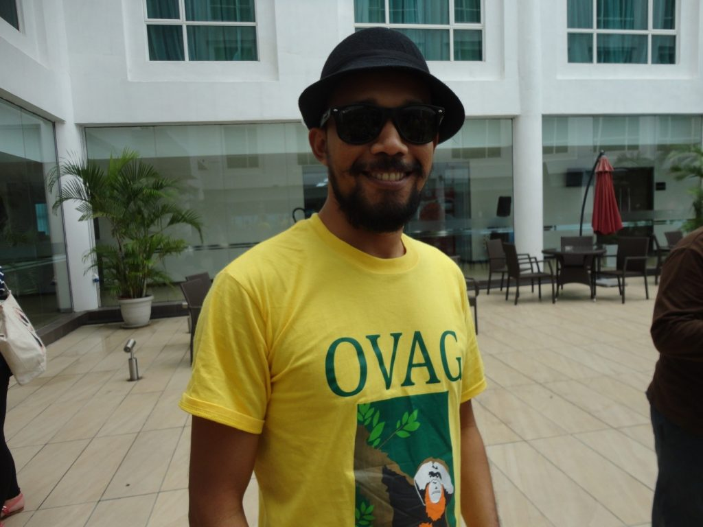 Mr. Cool – OVAG barista, RIcko (forget it ladies – he is taken as he is Yenny's husband)